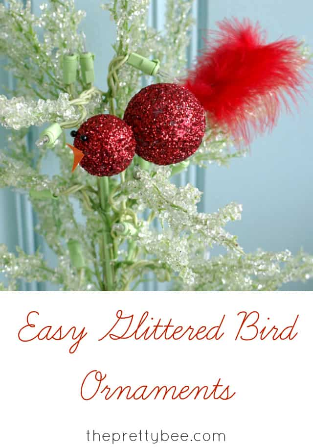A tutorial for making these sparkly glittered bird ornaments for your Christmas tree. www.theprettybee.com