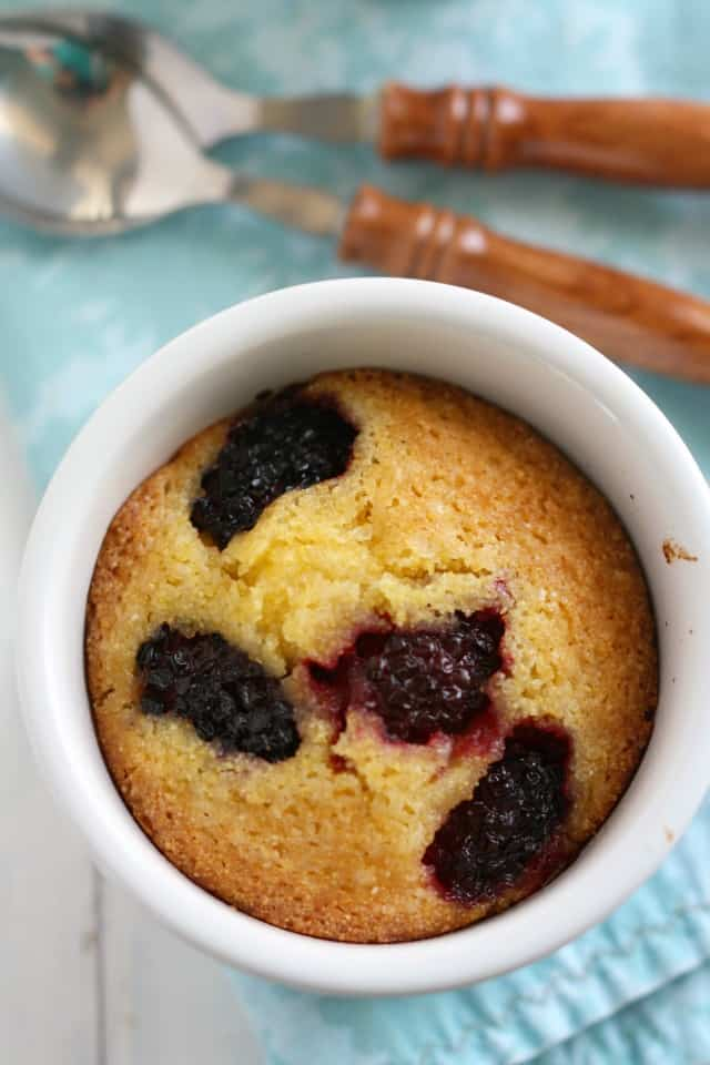 easy gluten free blackberry cake recipe