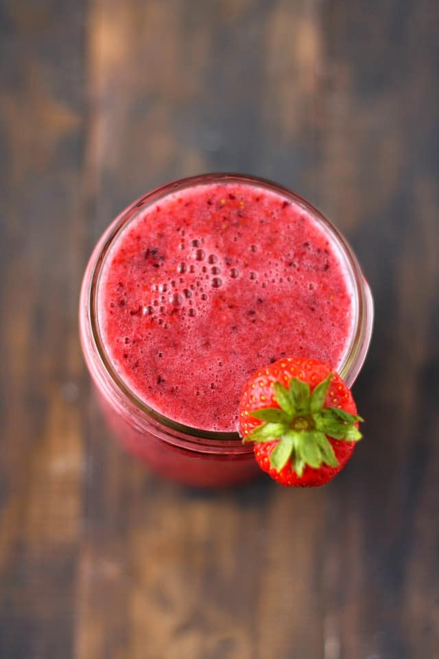 metabolism boosting berry smoothie
