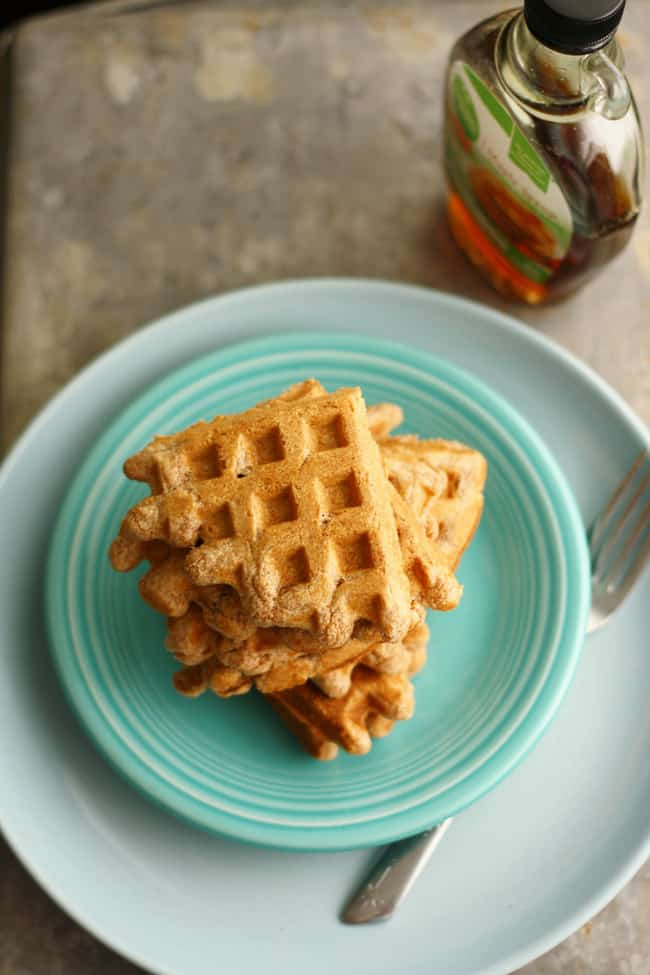 Super easy vegan waffle recipe! Perfect for Sunday brunch!