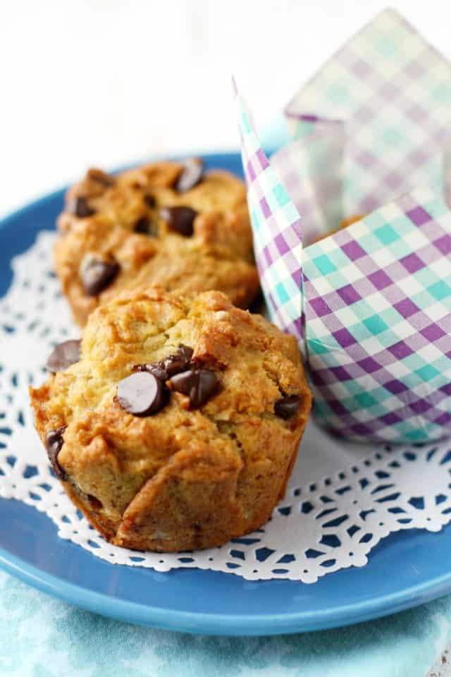 Tender and delicious gluten free banana chocolate chip muffins. These are so scrumptious!