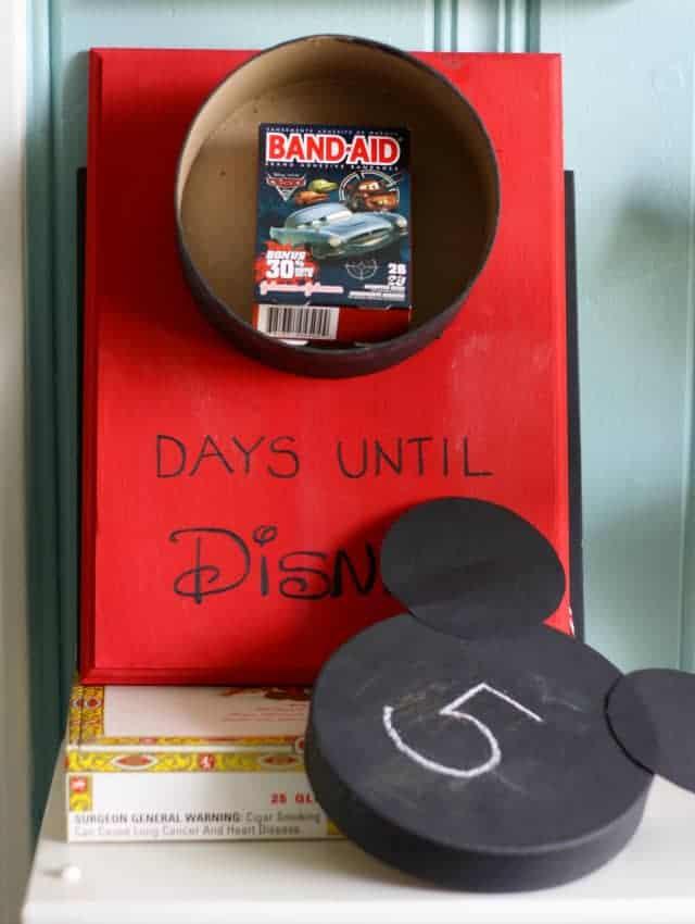 Disney World Countdown Calendar The Pretty Bee