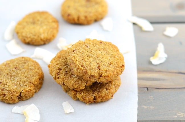 Crispy and Chewy Coconut Cookies (girlmakesfood.com) 1