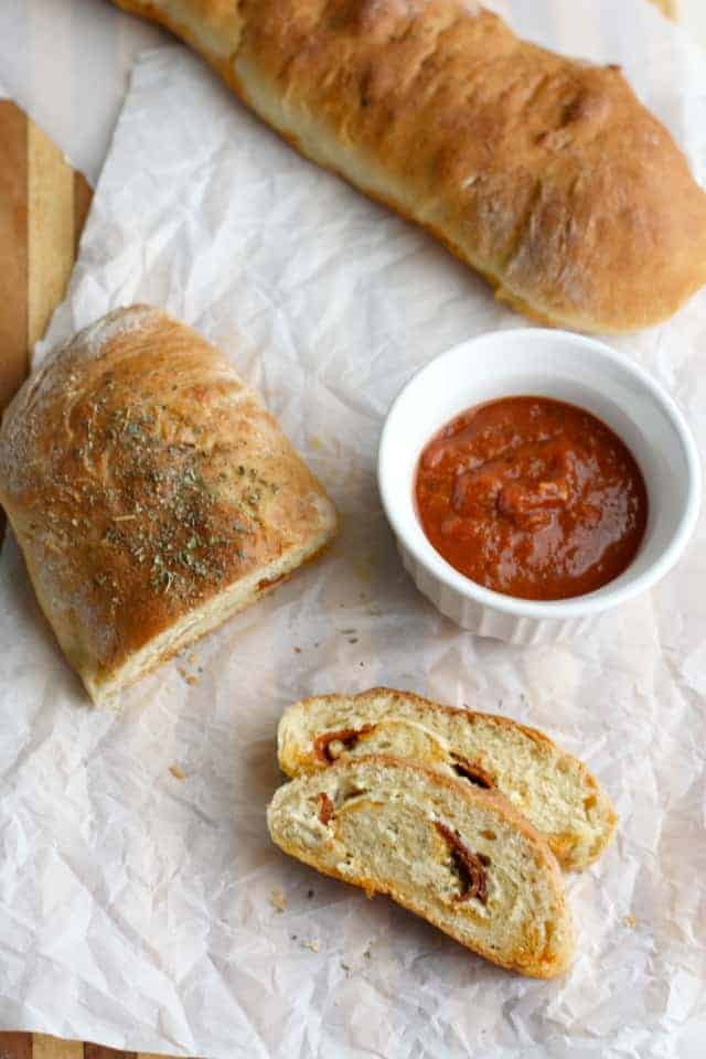 An easy recipe for pepperoni bread.