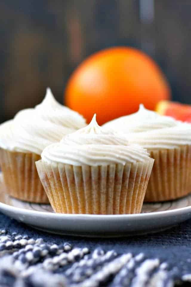 fluffy vegan orange cupcakes