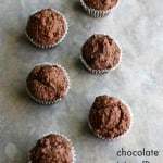 Make these chocolate mini muffins with just six ingredients! Paleo AND vegan!