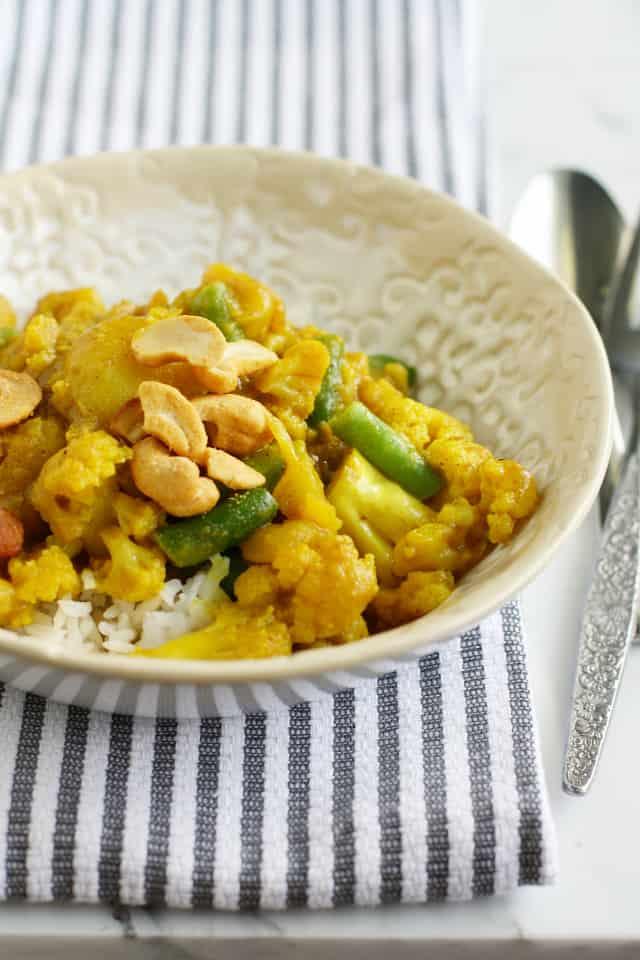 potato cauliflower coconut curry