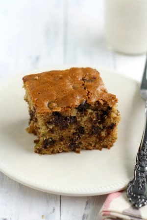 Chocolate chip zucchini cake - very easy to make, and easier to eat! #vegan