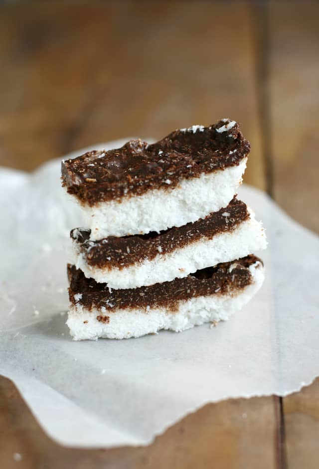Deliciously easy chocolate coconut bars - just four ingredients! #glutenfree #vegan