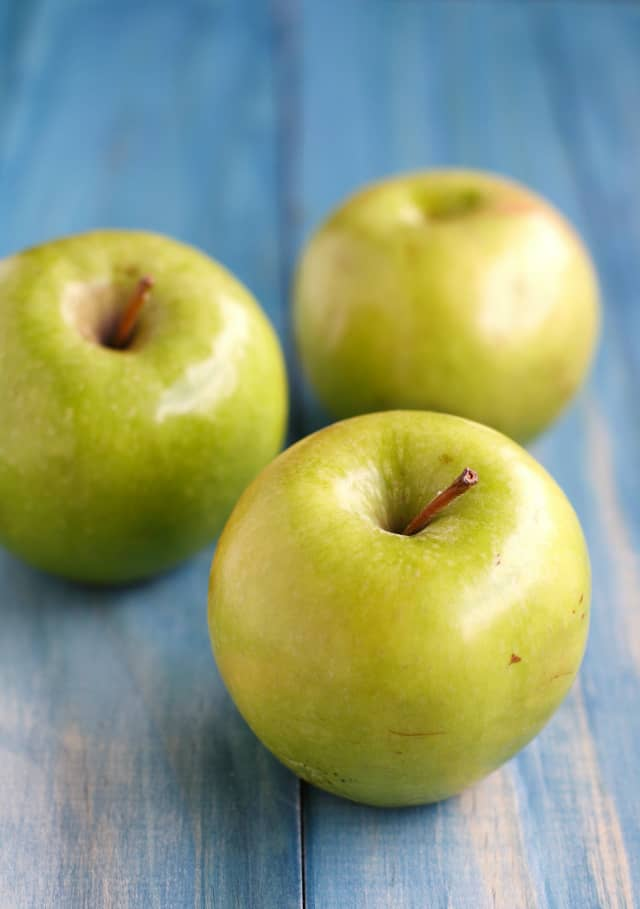 Fresh Granny Smith apples.
