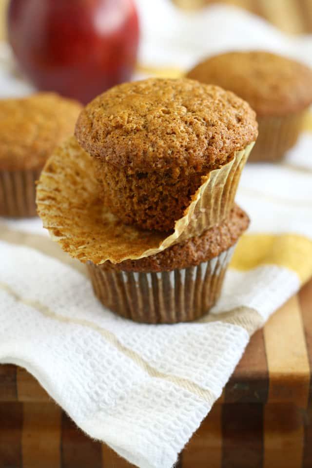 vegan applesauce muffins