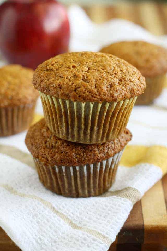 Vegan applesauce muffin recipe