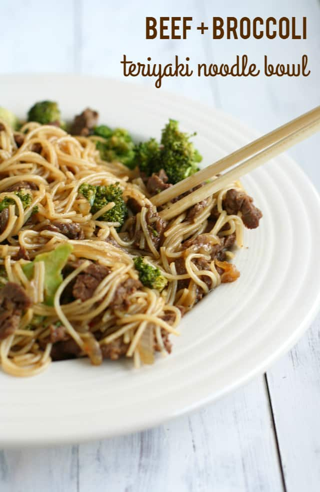 Beef and Broccoli Teriyaki Noodle Bowls. - The Pretty Bee