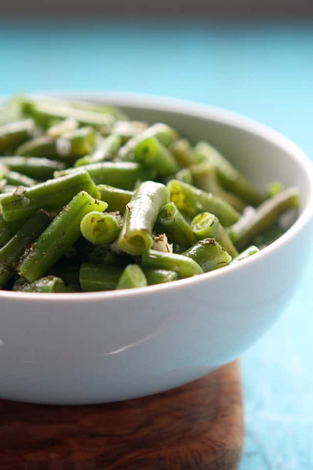 green beans with garlic and dill