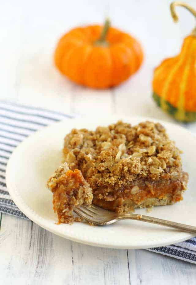 A fantastic Thanksgiving dessert - Pumpkin Pie Crumble Bars. A creamy filling with a crumbly, buttery topping.