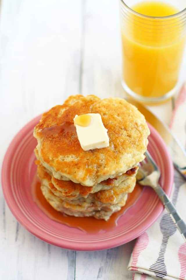 Fluffy vegan banana pancakes the pretty bee ccuart Image collections