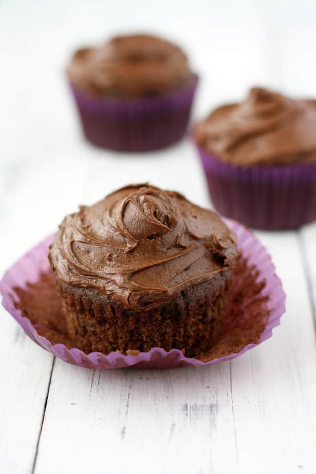 You won't believe how decadent these #vegan chocolate cupcakes are! Truly a decadent treat!
