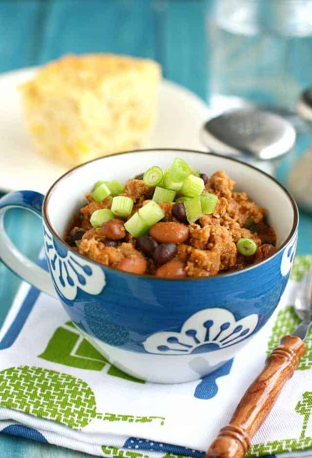 A sweet and tangy recipe for baked bean turkey chili. A great meal for winter weeknights! #comfortfood