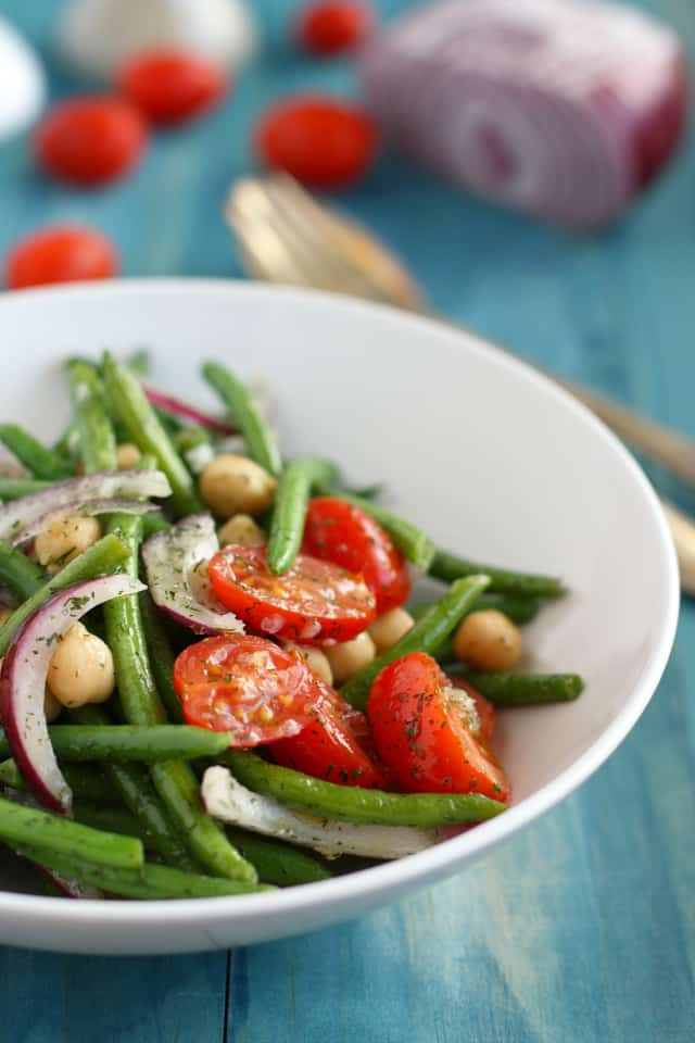 garlic dill green bean tomato salad