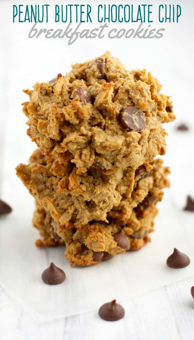 Easy to make breakfast cookies that are gluten free and vegan! One bowl recipe. #vegan #glutenfree