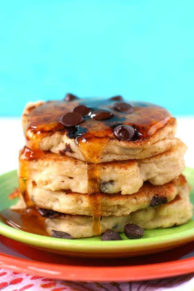 vegan oatmeal chocolate chip pancakes