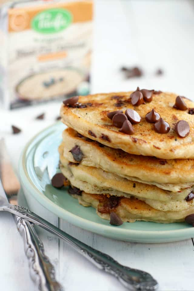 Vegan oatmeal chocolate chip pancake recipe