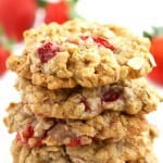 Chewy delicious oatmeal cookies that are made with fresh summer strawberries. A delicious cookie recipe that's #vegan and #glutenfree!