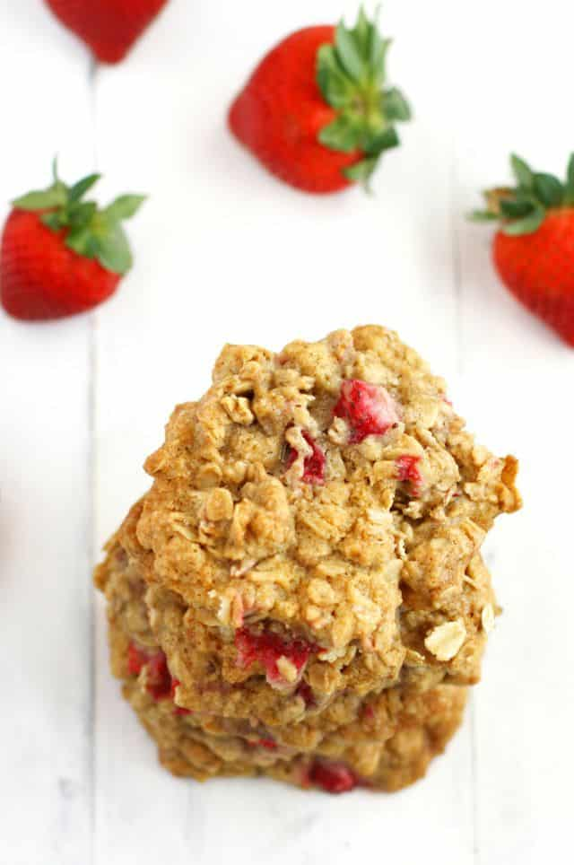 oatmeal cookies with strawberries
