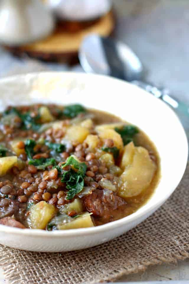 Slow Cooker Lentil, Sausage, and Kale Soup. - The Pretty Bee