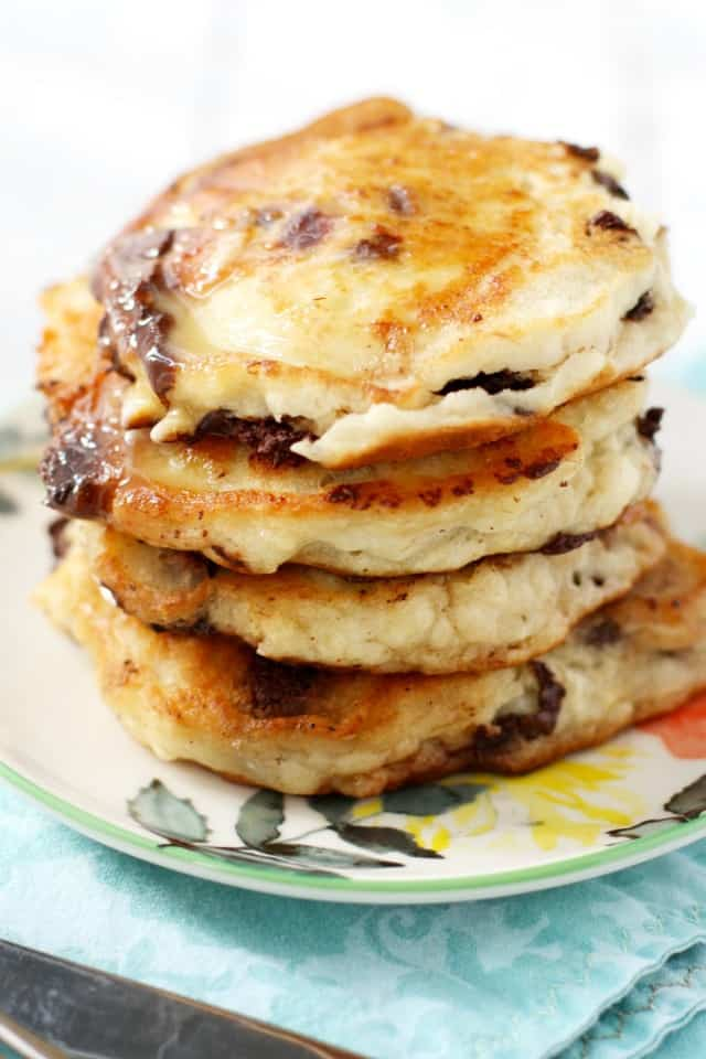 Delicious gluten free and vegan chocolate chip pancakes. An easy and tasty weekend breakfast!