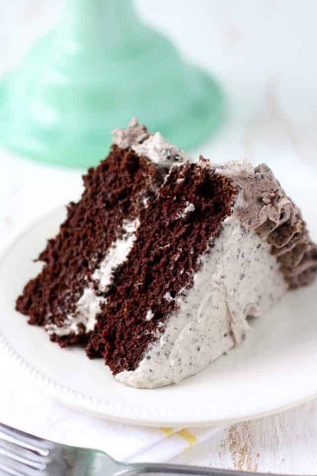 Chocolate Cookies and Cream Cake (Gluten Free, Vegan).