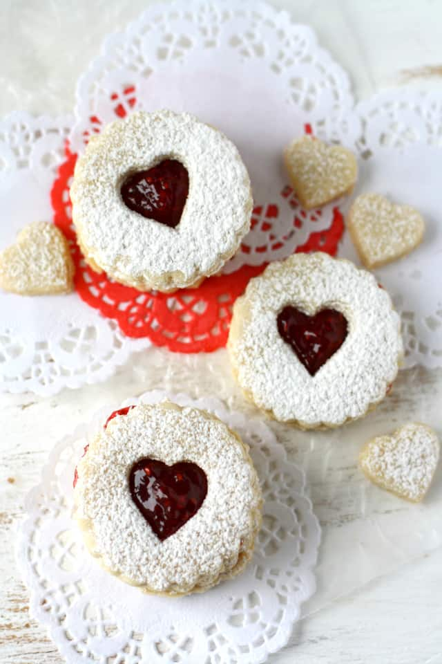 vegan and gluten free linzer cookies