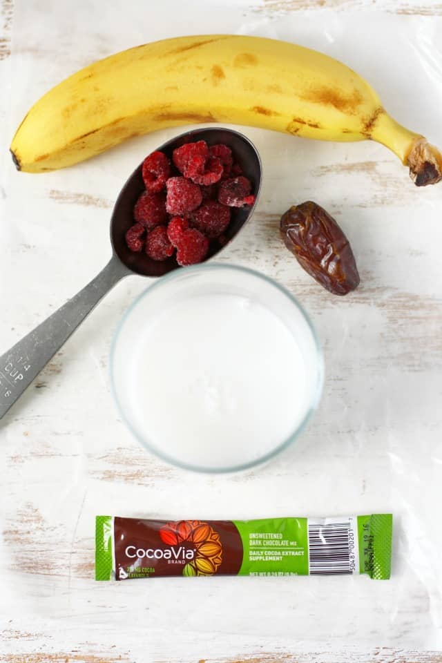 A delicious cocoa banana raspberry smoothie will get your day off to a great start! #dairyfree #heartmonth #ad #smoothie