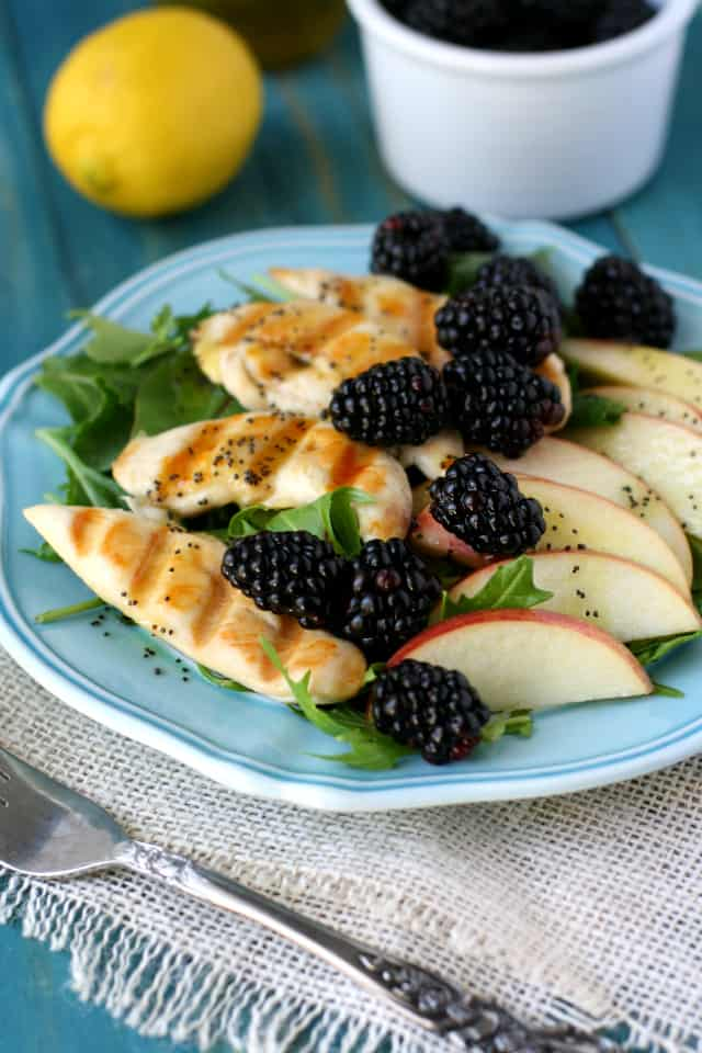 spring green salad with berries and grilled chicken