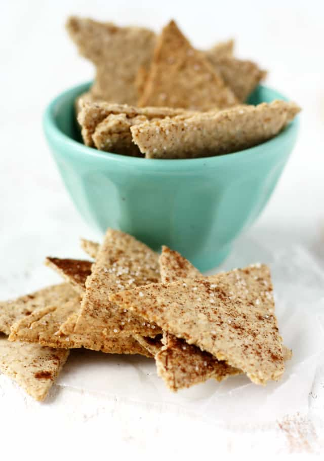 These oatmeal crackers are lightly sweetened and have a delicious cinnamon flavor that kids and adults love! Gluten free and vegan.