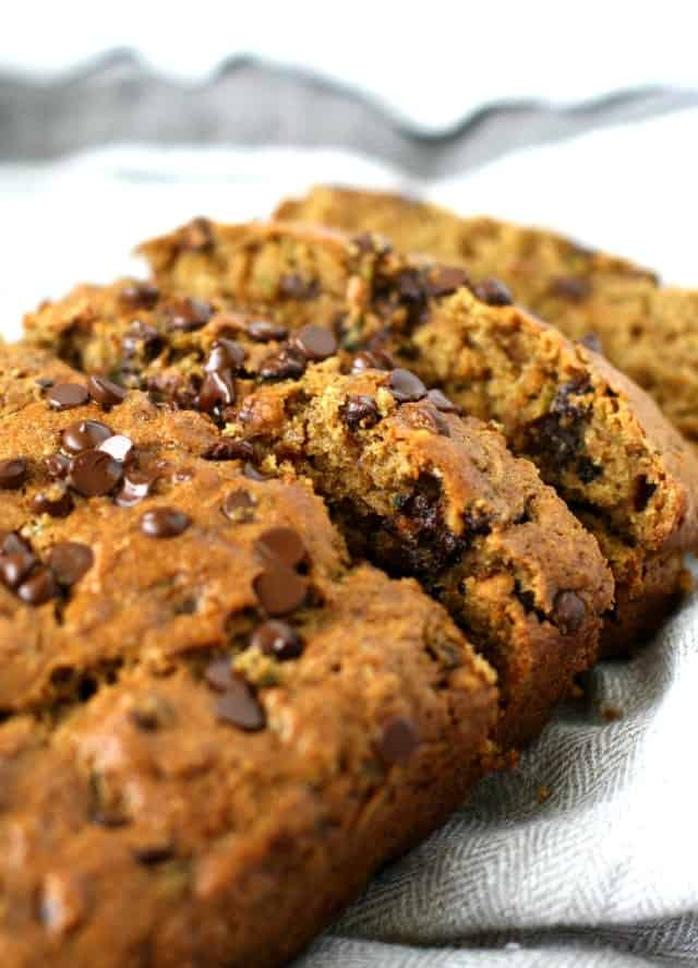 whole grain vegan chocolate chip zucchini bread