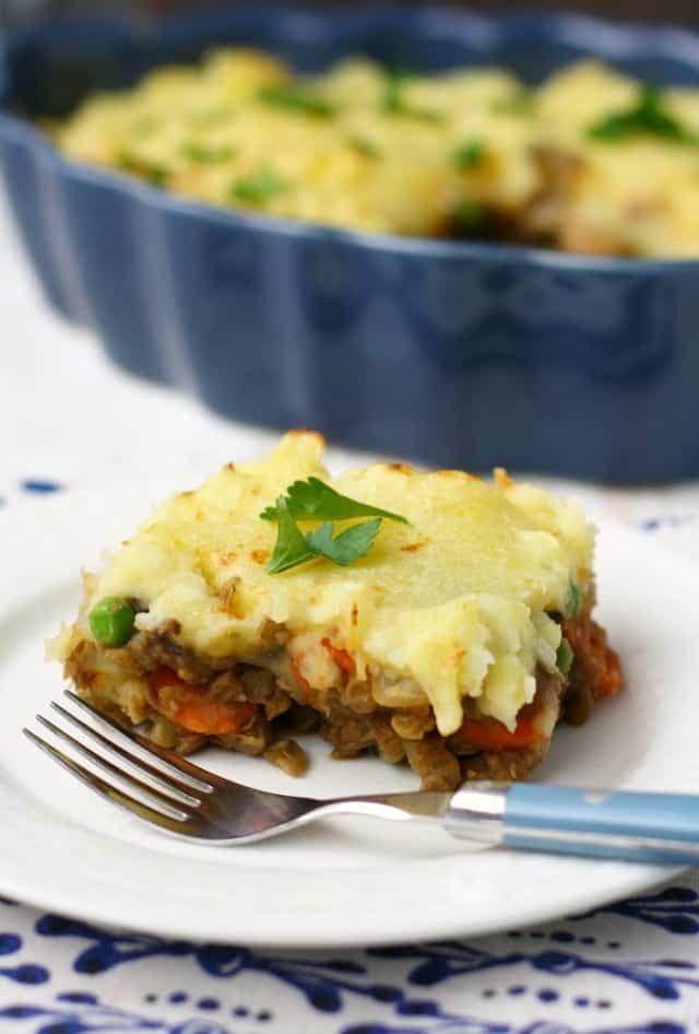 vegan shepherd's pie with mashed potato topping