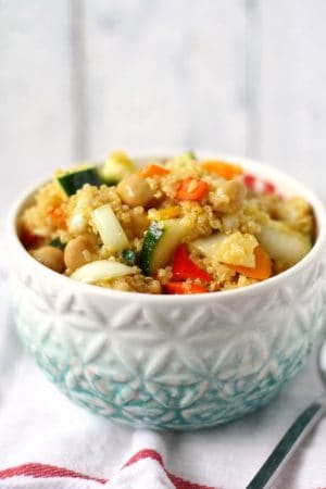honey mustard quinoa chickpea salad