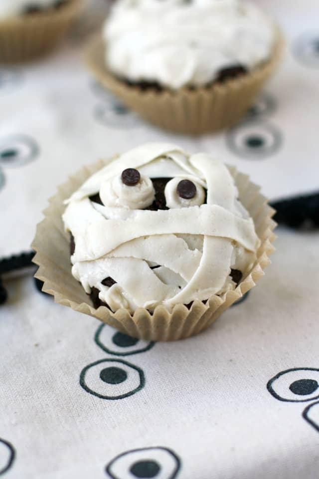 gluten free mummy cupcakes