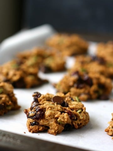 pumpkin oatmeal breakfast cookies on cookie sheet