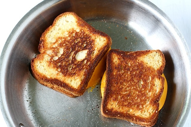 grilled cheese sandwiches in frying pan