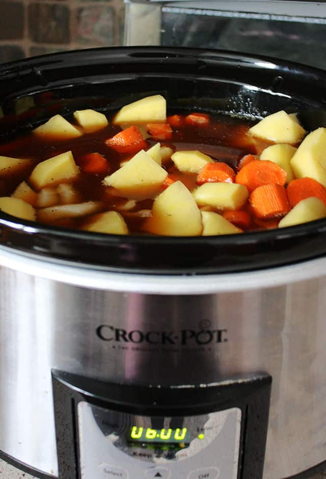 ingredients for beef stew in crock pot