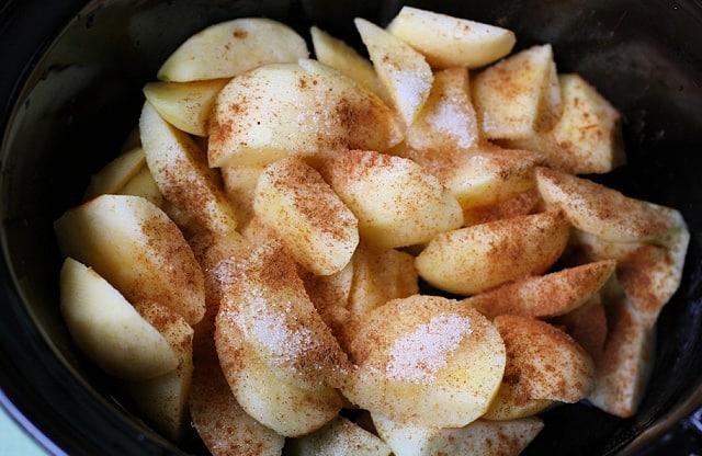 sliced apples in crock pot